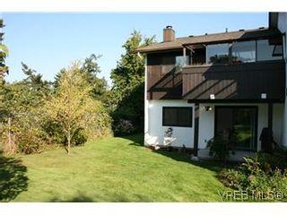 Photo 15: D 3056 Washington Ave in VICTORIA: Vi Burnside Row/Townhouse for sale (Victoria)  : MLS®# 584062