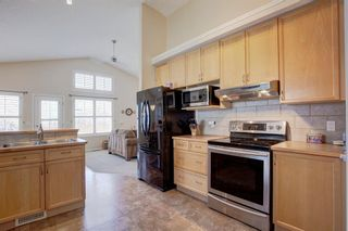Photo 7: 355 Somerset Drive SW in Calgary: Somerset Detached for sale : MLS®# A1096882