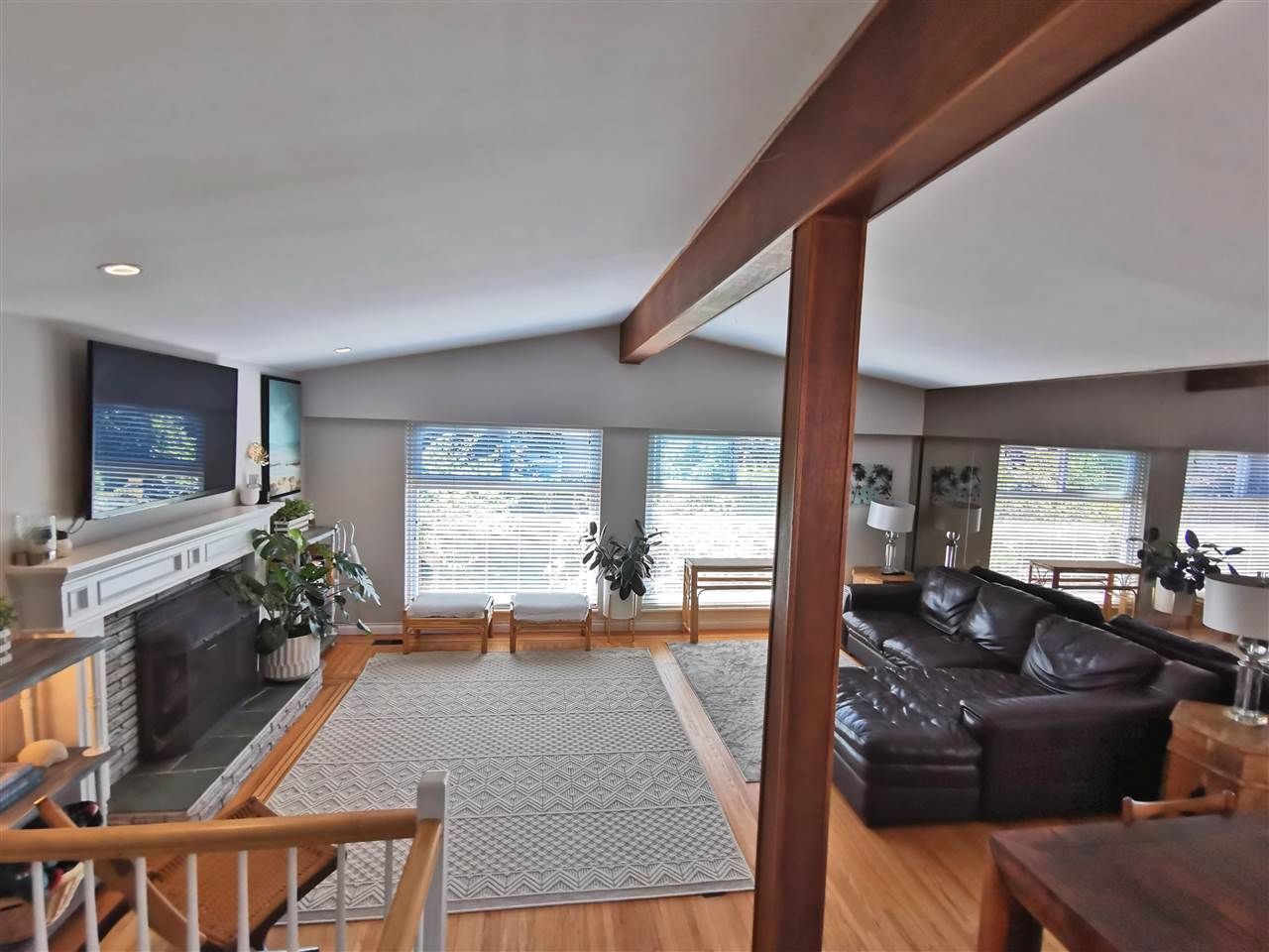 "Main Photo: 11812 64 Avenue in Delta: Sunshine Hills Woods House for sale in ""Sunshine Hills"" (N. Delta)  : MLS®# R2591461"