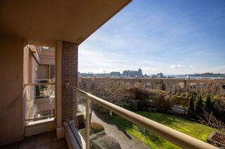 Photo 19: 104 75 Songhees Rd in : VW Songhees Row/Townhouse for sale (Victoria West)  : MLS®# 863660