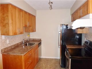"""Photo 2: 215 1955 WOODWAY Place in Burnaby: Brentwood Park Condo for sale in """"DOUGLAS VIEW"""" (Burnaby North)  : MLS®# V995901"""