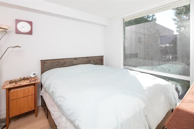 """Photo 15: Photos: 211 1635 W 3RD Avenue in Vancouver: False Creek Condo for sale in """"THE LUMEN"""" (Vancouver West)  : MLS®# R2230902"""