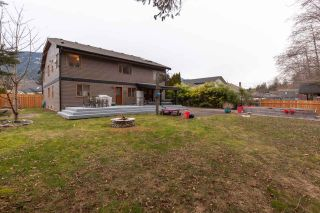"""Photo 36: 41362 DRYDEN Road in Squamish: Brackendale House for sale in """"BRACKENDALE"""" : MLS®# R2539818"""