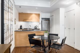 """Photo 6: 1063 HOMER Street in Vancouver: Yaletown Townhouse for sale in """"Domus"""" (Vancouver West)  : MLS®# R2591006"""