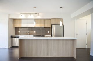 """Photo 2: 308 618 LANGSIDE Avenue in Coquitlam: Coquitlam West Townhouse for sale in """"BLOOM"""" : MLS®# R2377050"""