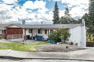 Photo 8: 1122 HOWSE Place in Coquitlam: Central Coquitlam House for sale : MLS®# R2338849