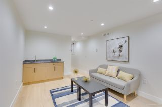 Photo 17: 481 E 16TH Avenue in Vancouver: Mount Pleasant VE 1/2 Duplex for sale (Vancouver East)  : MLS®# R2354193
