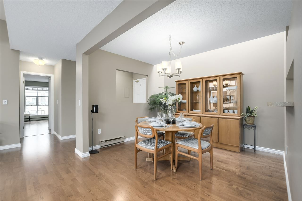 """Photo 6: Photos: 304 7580 MINORU Boulevard in Richmond: Brighouse South Condo for sale in """"CARMEL POINT"""" : MLS®# R2369650"""