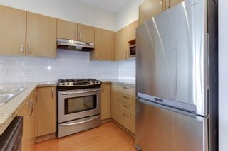 """Photo 10: 412 3097 LINCOLN Avenue in Coquitlam: New Horizons Condo for sale in """"LARKIN HOUSE"""" : MLS®# R2622178"""