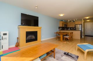 "Photo 6: D401 8929 202ND Street in Langley: Walnut Grove Condo for sale in ""THE GROVE"" : MLS®# F1428782"