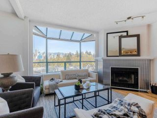 """Main Photo: 16 939 W 7TH Avenue in Vancouver: Fairview VW Townhouse for sale in """"Meridian Court"""" (Vancouver West)  : MLS®# R2572686"""