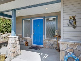 Photo 3: 6320 SAMRON Road in Sechelt: Sechelt District House for sale (Sunshine Coast)  : MLS®# R2614645