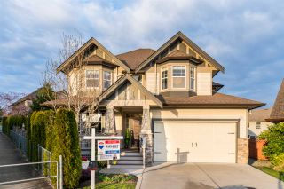 Photo 1: 6970 197A Street in Langley: Willoughby Heights House for sale : MLS®# R2247619