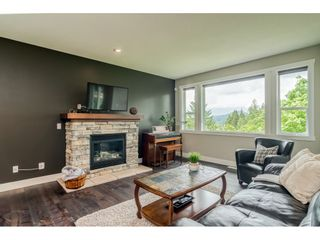 """Photo 6: 23135 GILBERT Drive in Maple Ridge: Silver Valley House for sale in """"'Stoneleigh'"""" : MLS®# R2457147"""