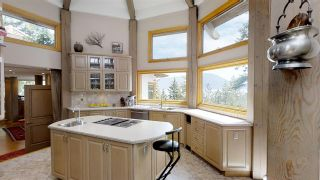 """Photo 5: 2388 GAMBIER Road: Gambier Island House for sale in """"Gambier Harbour"""" (Sunshine Coast)  : MLS®# R2392868"""