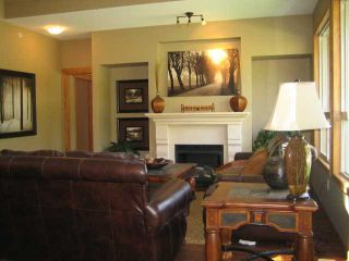 "Photo 6: 104 24185 106B Avenue in Maple Ridge: Albion 1/2 Duplex for sale in ""TRAILS EDGE"" : MLS®# V1000386"