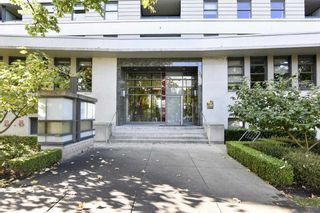 """Photo 37: 404 2851 HEATHER Street in Vancouver: Fairview VW Condo for sale in """"Tapestry"""" (Vancouver West)  : MLS®# R2512313"""