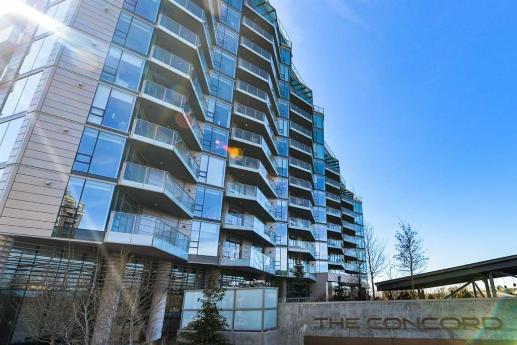 Main Photo: 706 738 1 Avenue SW in Calgary: Eau Claire Apartment for sale : MLS®# A1088154