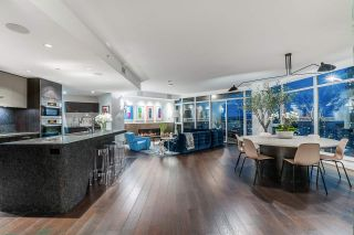 Photo 1: 2201 1372 Seymour in Vancouver: Yaletown Condo for sale (Vancouver West)  : MLS®# R2584453