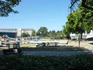 Photo 4: 216 4280 MONCTON Street in Richmond: Steveston South Condo for sale : MLS®# R2298381