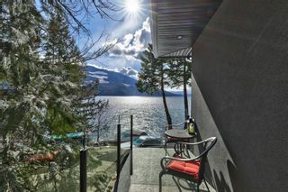 Photo 30: 5846 Sunnybrae-Canoe Point Road, in Tappen: House for sale : MLS®# 10240711
