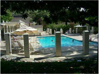 Photo 11: CLAIREMONT Townhouse for sale : 3 bedrooms : 4509 Caminito Cristalino in San Diego