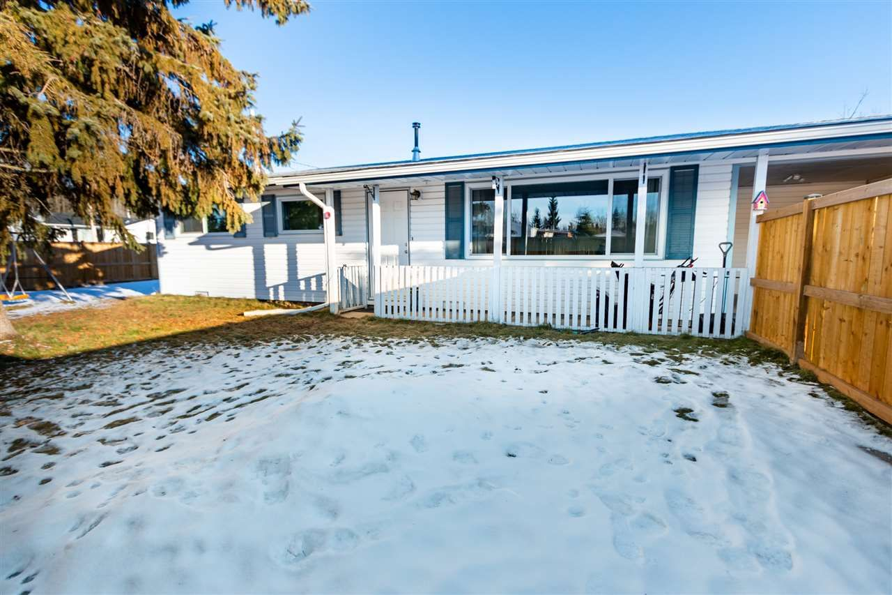 """Main Photo: 5487 PARK Drive in Prince George: Parkridge House for sale in """"Parkridge Heights"""" (PG City South (Zone 74))  : MLS®# R2529768"""