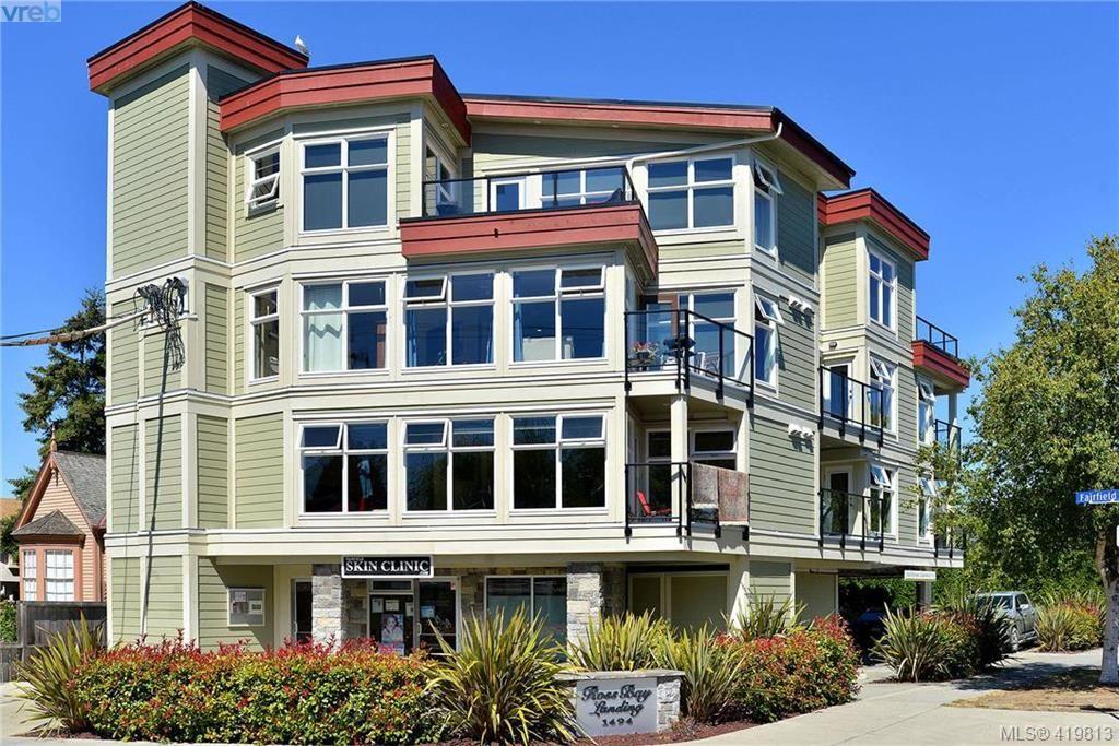 Main Photo: 302 1494 Fairfield Rd in VICTORIA: Vi Fairfield West Condo for sale (Victoria)  : MLS®# 830933
