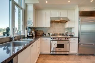 """Photo 12: 1102 14824 NORTH BLUFF Road: White Rock Condo for sale in """"BELAIRE"""" (South Surrey White Rock)  : MLS®# R2350476"""