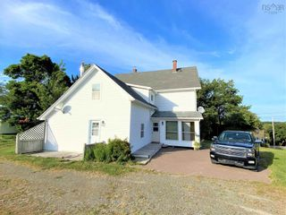 Photo 4: 300 Main Street in Tatamagouche: 103-Malagash, Wentworth Residential for sale (Northern Region)  : MLS®# 202122489