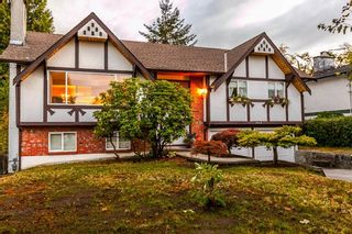 Photo 1: 1648 CORNELL Avenue in Coquitlam: Central Coquitlam House for sale : MLS®# R2204378