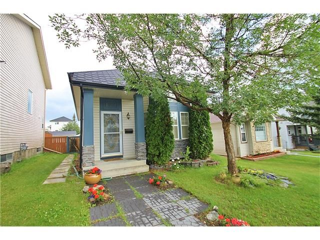 Main Photo: 122 HIDDEN RANCH Circle NW in Calgary: Hidden Valley House for sale : MLS®# C4075298