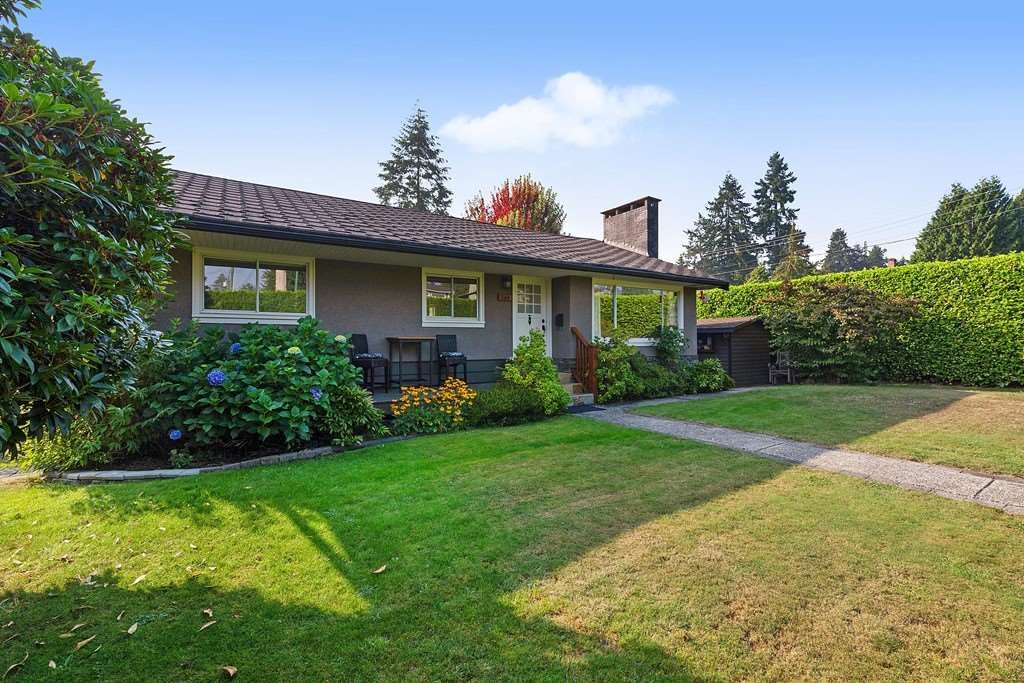 Main Photo: 384 MUNDY Street in Coquitlam: Central Coquitlam House for sale : MLS®# R2497790