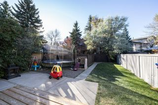 Photo 4: 32 Berkshire Close NW in Calgary: Beddington Heights Detached for sale : MLS®# A1154125