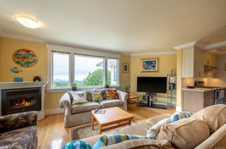 Photo 16: 200 1196 Clovelly Terr in : SE Maplewood Row/Townhouse for sale (Saanich East)  : MLS®# 876765