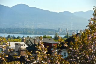 Photo 1: 3664 W 15TH Avenue in Vancouver: Point Grey House for sale (Vancouver West)  : MLS®# V1117903