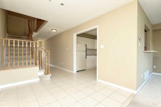 Photo 5: 30 Plantation Court in Whitby: Williamsburg House (2-Storey) for sale : MLS®# E4482636