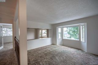 Photo 8: 3371 Mary Anne Cres in VICTORIA: Co Wishart South House for sale (Colwood)  : MLS®# 806532