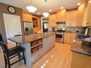 Photo 15: 564 Belyea Pl in QUALICUM BEACH: PQ Qualicum Beach House for sale (Parksville/Qualicum)  : MLS®# 788083