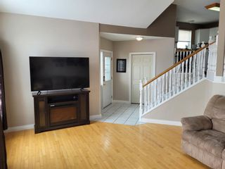 Photo 3: 595 Thistle Street: Pincher Creek Detached for sale : MLS®# A1116565