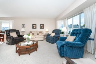 """Photo 5: 23 19171 MITCHELL Road in Pitt Meadows: Central Meadows Townhouse for sale in """"Holly Lane Estates"""" : MLS®# R2614547"""