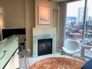 """Photo 9: 802 1003 BURNABY Street in Vancouver: West End VW Condo for sale in """"THE MILANO"""" (Vancouver West)  : MLS®# R2417411"""