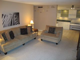 """Photo 2: 302 7180 LINDEN Avenue in Burnaby: Highgate Condo for sale in """"LINDEN HOUSE"""" (Burnaby South)  : MLS®# R2177989"""