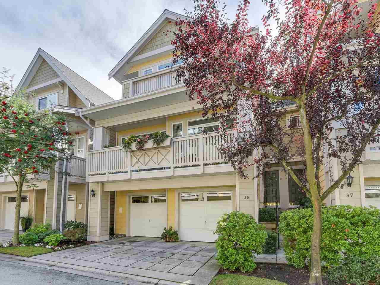 """Main Photo: 38 2588 152 Street in Surrey: King George Corridor Townhouse for sale in """"Woodgrove"""" (South Surrey White Rock)  : MLS®# R2130103"""