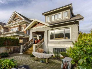 Photo 3: 3209 W 2ND AVENUE in Vancouver: Kitsilano Townhouse for sale (Vancouver West)  : MLS®# R2527751