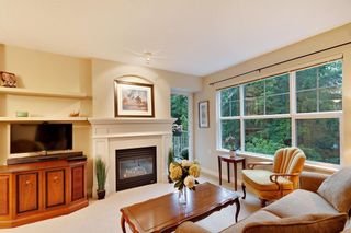 """Photo 2: 205 960 LYNN VALLEY Road in North Vancouver: Lynn Valley Condo for sale in """"Balmoral House"""" : MLS®# R2502603"""