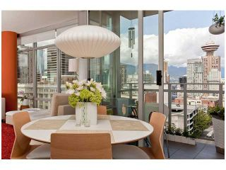 "Photo 8: 1606 788 RICHARDS Street in Vancouver: Downtown VW Condo for sale in ""L'HERMITAGE"" (Vancouver West)  : MLS®# V836271"
