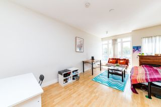 """Photo 8: PH7 3423 E HASTINGS Street in Vancouver: Hastings Sunrise Condo for sale in """"Zoey"""" (Vancouver East)  : MLS®# R2576156"""
