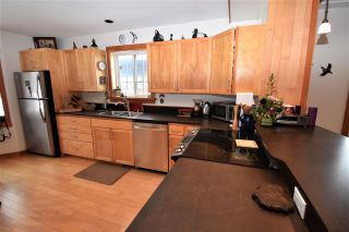 """Photo 12: 1420 SUNNY POINT Drive in Smithers: Smithers - Town House for sale in """"Silverking"""" (Smithers And Area (Zone 54))  : MLS®# R2546950"""