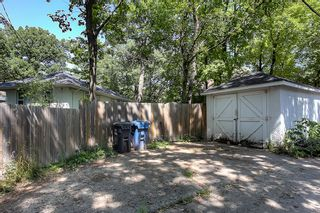 Photo 5: 129 Lanark Street in Winnipeg: River Heights North Single Family Detached for sale (1C)  : MLS®# 1922183